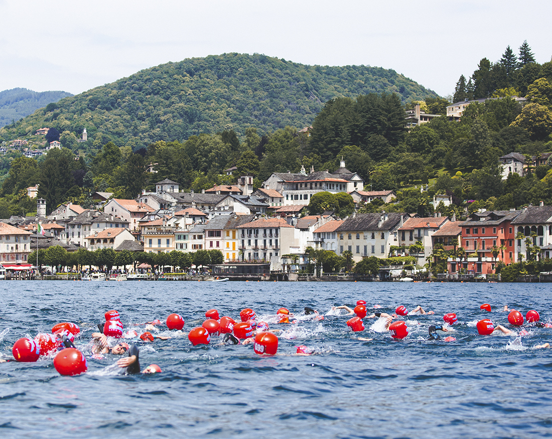 Oceanman gara media passaggio lago Orta portfolio Claudio Bellosta